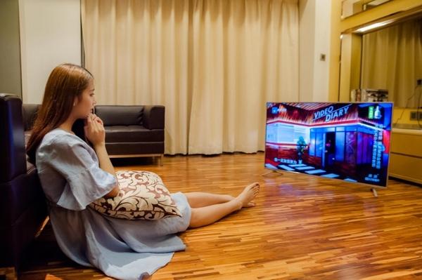 微鯨W50A電視評測 50吋4K電視售價不如一部手機